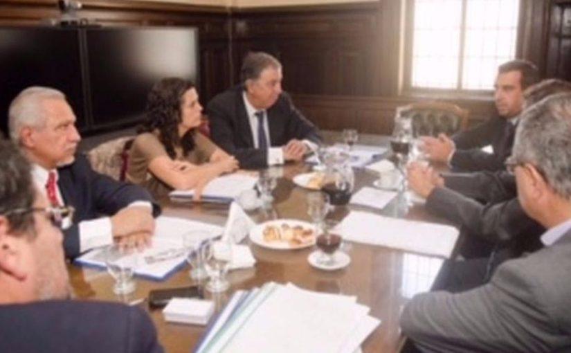 Magistrados y senadores dialogaron sobre la Justicia